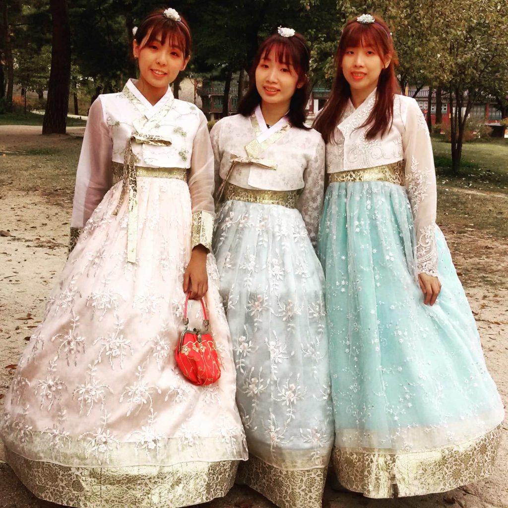 Rent a Hanbok in Seoul south Korea